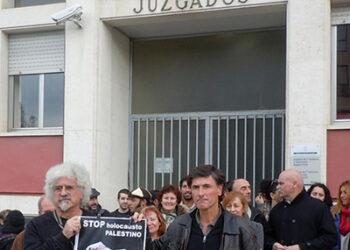 Solidaridad con los 9 imputados del Teatro Jovellanos: 15 años de cárcel por denunciar los bombardeos sobre Gaza