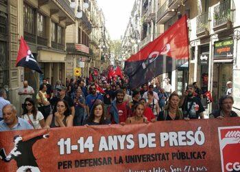 La CGT surt al carrer contra la repressió del cas Som 27 i més