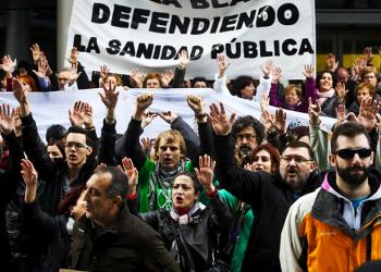 PCE: «El PSOE continúa privatizando la salud aragonesa»