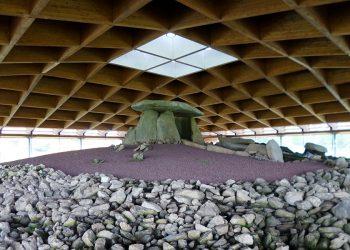 El Dolmen de Dombate volvió a sobrepasar el número razonable de visitantes desde principios del verano
