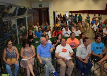 """Ganemos denuncia la existencia de """"mafias de explotación laboral"""" en la recogida de la naranja de la Vega del Guadalquivir"""