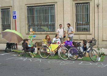 Amigos da Terra, Sustinea e a Masa Crítica, celebran o PARK(ing) Day en Ourense