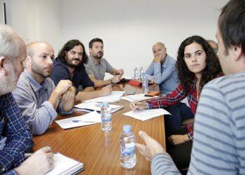 En Marea traslada aos traballadores de Alcoa o seu compromiso co sector industrial