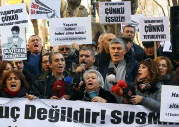 Denuncian que «España no protegió a nuestros periodistas en Turquía «