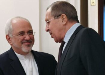 Irán y Rusia vuelven a insistir en 'solución política' para Siria
