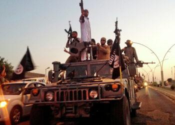 EEUU permitirá a terroristas abandonar Mosul antes del asalto