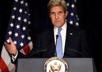 Kerry, sobre Siria: los rusos «han sido más listos»  Más: https://mundo.sputniknews.com/politica/20161001/1063811777/eeuu-siria-rusia-lista.html