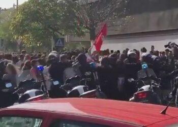 """Ganemos pide al subdelegado del Gobierno en Córdoba abrir una investigación por la """"brutalidad"""" policial en la huelga educativa"""