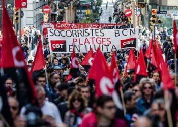 Desconvocan huelga de socorristas de Barcelona tras acuerdo con la empresa