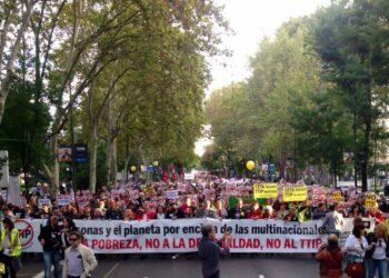 La izquierda muestra músculo en las movilizaciones contra el TTIP y el CETA