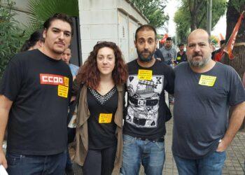 El senador Óscar Guardingo en la movilización para solicitar la readmisión del sindicalista despedido en Spark Ibérica