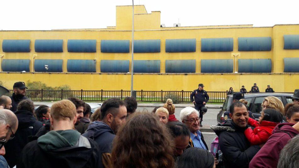 El concejal de Ahora Madrid Javier Barbero solicita entrar en el CIE de Aluche