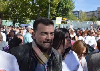 Antonio Maíllo exige que se abra un debate con profesionales y pacientes sobre la gestión de la fusión hospitalaria
