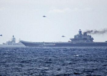 Somos Andaluces protesta por el despliegue militar USA-GB en el estrecho al paso de la flota rusa