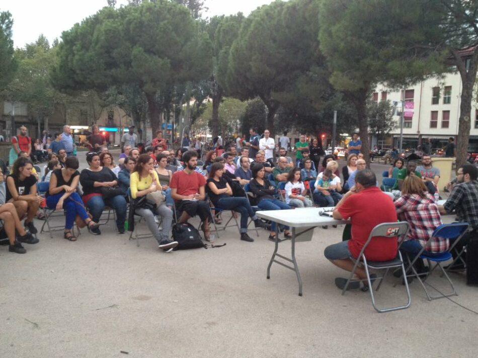 La Federació Anarquista de Gran Canaria (FAGC) i la PAHC de Sabadell fan un debat sobre la ocupació de l´habitatge a la Plaça Marcet de Sabadell