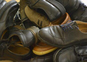 IU plantea que se aplique el tipo reducido del IVA a los pequeños servicios de reparación de calzado, bicicletas o prendas de vestir