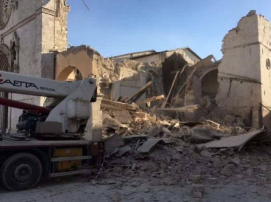 Fuerte sismo sacude este domingo a Italia