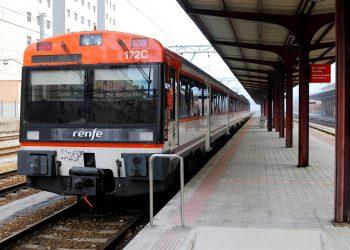 En Marea denuncia que o PP está a deixar un país invertebrado e incomunicado a nivel ferroviario