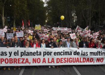 Miles de personas se manifiestan para exigir la paralización de los tratados TTIP, CETA y TiSA