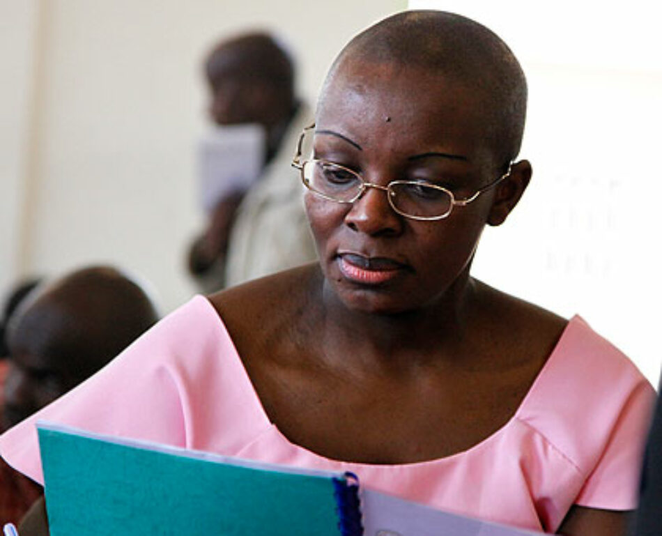 Vallina (IU) llama a la UE a condicionar la financiación a Ruanda a la liberación de presos políticos como Ingabire