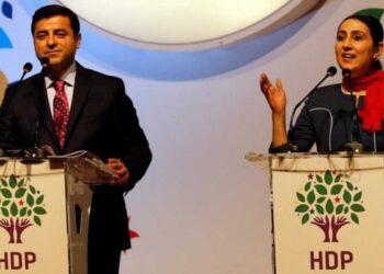El genocidio político hacia los kurdos en Turquía es cada vez más grave: Detienen a varios diputados del HDP