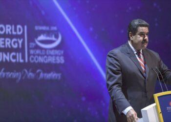 Venezuela denuncia 'guerra financiera' internacional en su contra