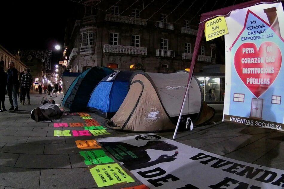 Activistas de la R.S.P. y Os Ninguéns acampan en Vigo para que no haya nadie sin techo