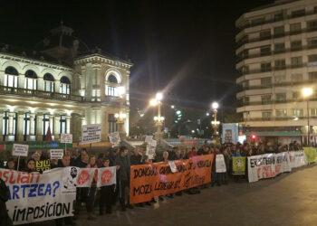 Cientos de personas en la Marcha de Protesta del Antiguo