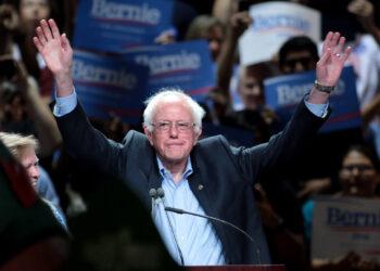 """Gloria La Riva: """"si los demócratas hubieran elegido a Bernie Sanders habrían ganado abrumadoramente las elecciones a Trump"""""""