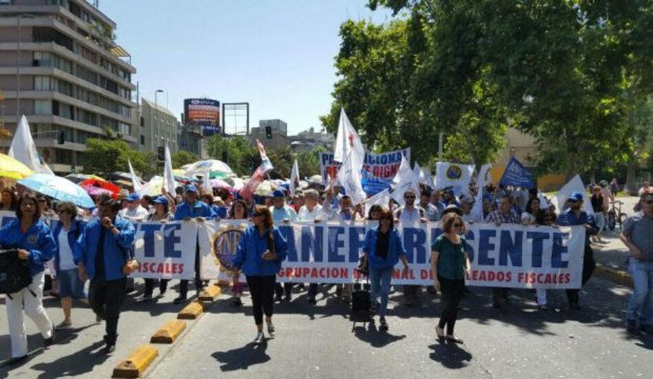 Chile: Sindicatos del sector público marcharon por el centro de Santiago