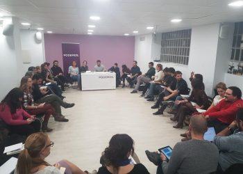 La 'síntesis Podemos', o la necesidad de comer de cuchara