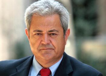 IU critica que la Junta de Andalucía asuma la defensa del ex consejero Vallejo en el caso Invercaria