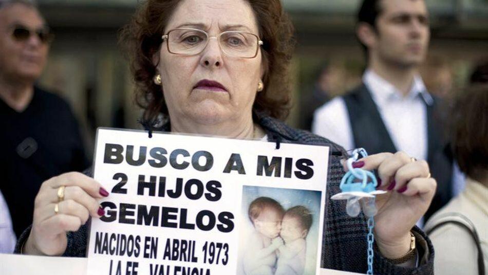 Amnistía Internacional Extremadura: «El robo de bebés no será algo del pasado hasta que tengamos una ley que acabe con la impunidad»