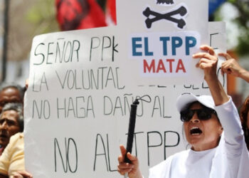 Miles de manifestantes protestan en Perú contra TPP y visita de Obama