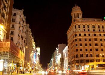 «El cierre parcial de Gran Vía al tráfico ha mejorado la calidad del aire en el centro de Madrid»