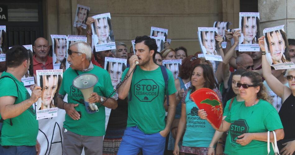 Participa celebra el sobreseimiento de la causa por el encierro en el Santander en apoyo a PAH Coria