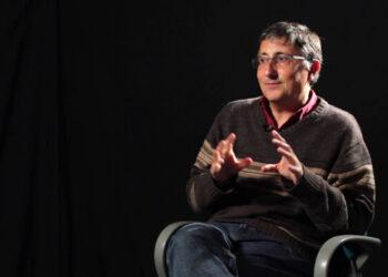 Pascual Serrano reclama la regulación de los medios