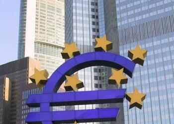 IU reclama al BCE que obligue a los bancos a informar a sus clientes sobre la venta de sus hipotecas a terceros