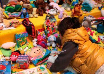 «Larga vida a los juguetes»: trueque en La Vidriera