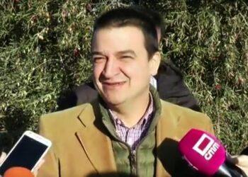 El polémico Consejero de Medio Ambiente de Castilla-La Mancha se negó a recibir a la población afectada por los proyectos de minería de tierras raras pese a haber recibido una solicitud por escrito