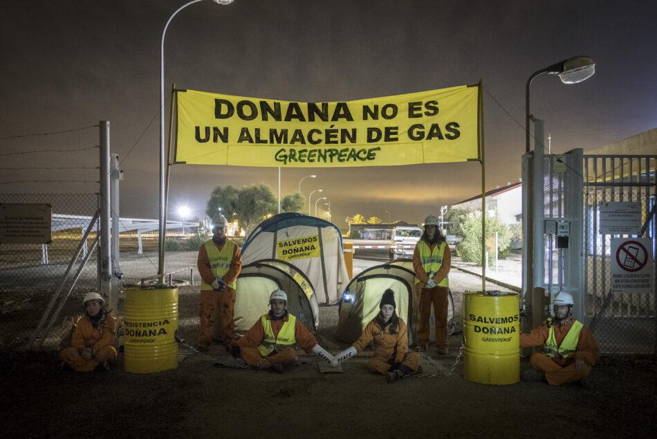 Greenpeace traslada sus reivindicaciones sobre Doñana al Gobierno y a la Junta con la entrega en Sevilla de más de 75.000 firmas