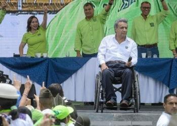 Candidato Lenín Moreno lidera encuestas en Ecuador