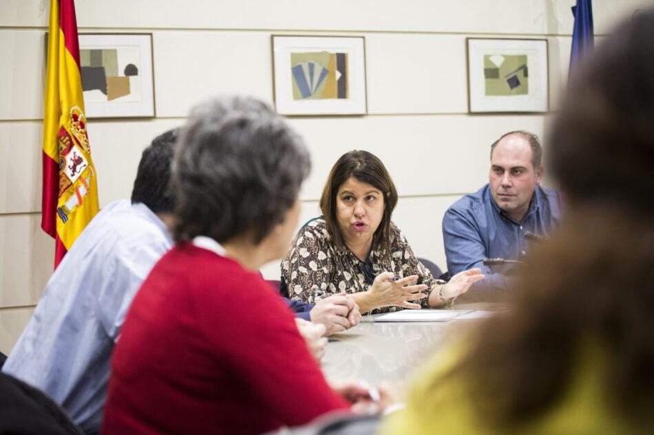 El Senado acoge un encuentro del Círculo Cannábico con senadores y diputados de Unidos Podemos