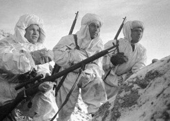 Se cumple el 25 aniversario de la muerte del legendario francotirador soviético Vasili Záitsev