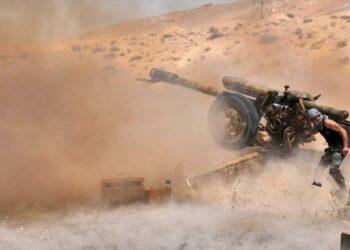 Ejército sirio bombardea posiciones de Daesh en oeste de Palmira