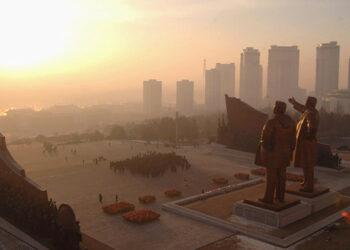 'Feliz año nuclear': Exdiplomático norcoreano revela los planes de Pionyang