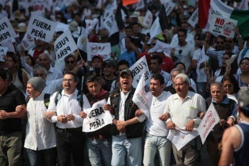 Educadores mexicanos se unen a protestas contra «gasolinazo»