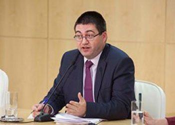 """Sánchez Mato avisa que el «mastodóntico plan de salvamento de las entidades bancarias no ha resuelto el riesgo y la amenaza que el sector supone para la sociedad"""""""