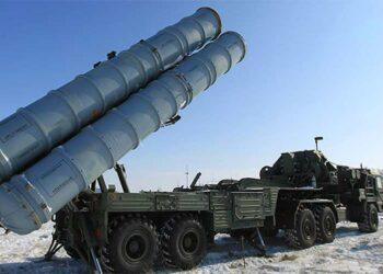 Rusia envía sistemas antiaéreos S-400 a Crimea