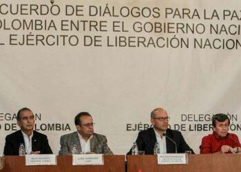 Continúan gobierno de Colombia y ELN consultas en Ecuador